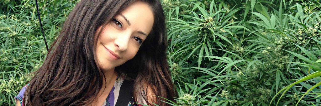 Mujer Cannabis